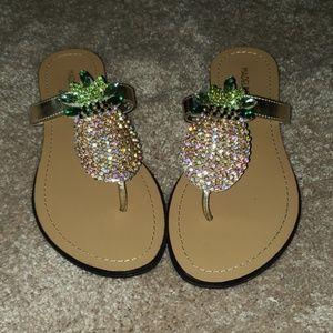 Madeline Stuart pineapple Flip Flops size 7